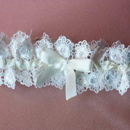 Подвязка невесты «Ришелье»