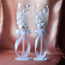 Свадебные бокалы «Белые розы со стразами»