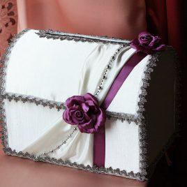 Сундук для денег Фиолетовая роза с бусами