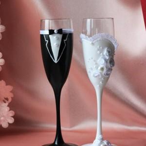 Свадебный бокалы на длинной ножке