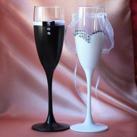 Свадебные бокалы «Жених и Невеста со стразами»