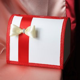 Сундук для денег Красная лента с айвори