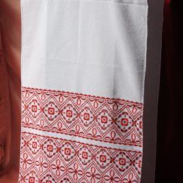 Рушник с красным №16