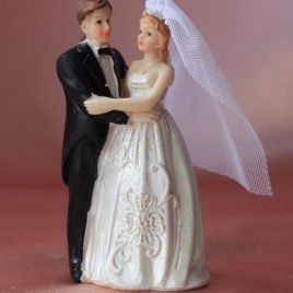 Фигурка свадебная жених и невеста для торта № 3