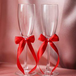 Свадебные бокалы скромная пара красная 2,5