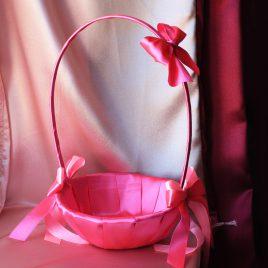 Розовая корзинка для лепестков