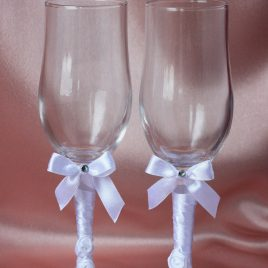 Свадебные бокалы Беленькие с розочками