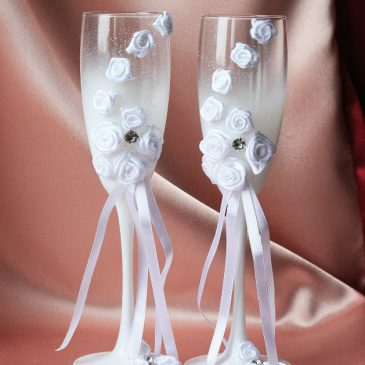 Свадебные бокалы «Белые розы»