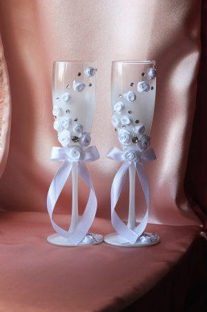 """Свадебные бокалы """"Белые розы со стразами"""""""