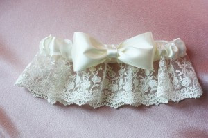 Подвязка невесты «Двойной бантик»