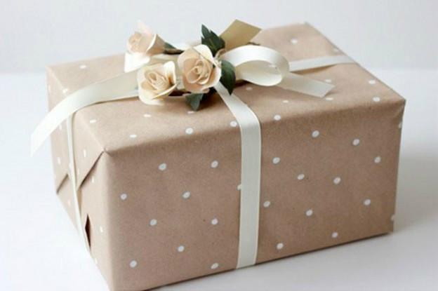 Свадебные подарки: советы по вручению