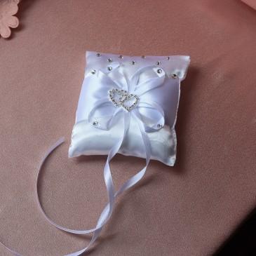 Подушка для колец Два сердца 15*15 см