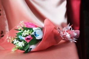 Букет из конфет с 9 тюльпанами