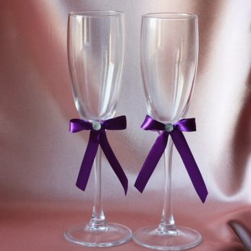 Свадебные бокалы Скромная пара фиолетовая