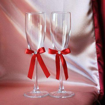 Свадебные бокалы Скромная пара красная