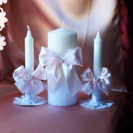Свадебные свечи Белоснежные в розовом цвете