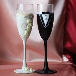 Свадебные бокалы Жених и невеста айвори
