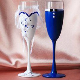 Свадебные бокалы Жених и невеста с синим