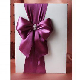 Папка для свидетельства о браке Бант фиолетовый с брошкой Формат А4