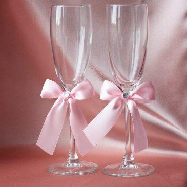Свадебные бокалы Скромная пара розовая