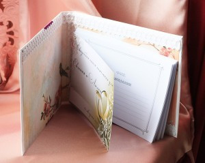 Коробка с цветами Альстромерия