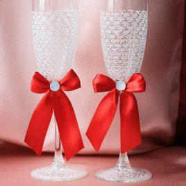 Свадебные бокалы Паутинка белая с красным бантиком