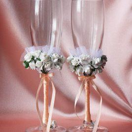 Бокалы свадебные Два букета на персиковой ножке