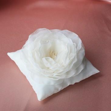 Подушка для колец Цветок айвори