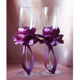 Свадебные бокалы Лепестки роз фиолетовые