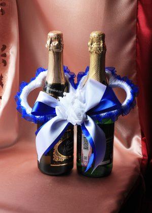 Украшение на бутылки - Сердечки синие