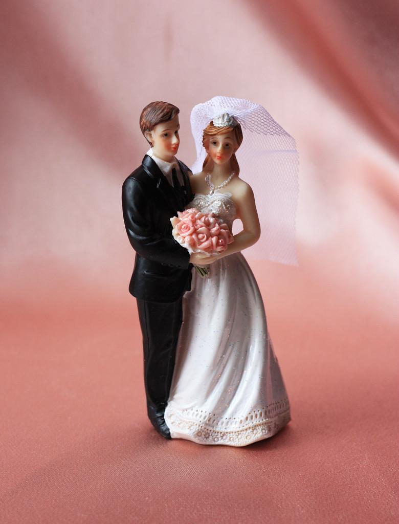 Фигурка свадебная Жених и невеста 10 см высота