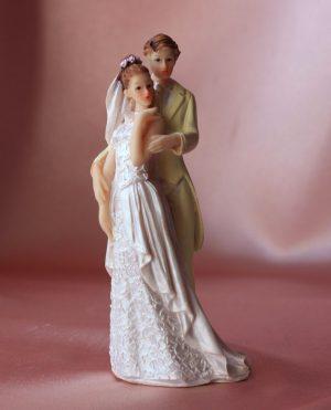 Фигурка свадебная пара жених и невеста № 4