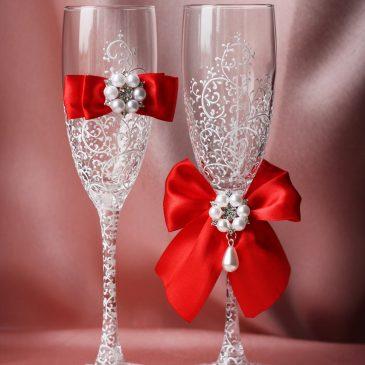 Свадебные бокалы Грация белая с красным