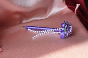Ручка синяя сиреневый цветок