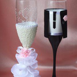 Свадебные бокалы Амур с розовым