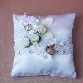 Свадебная подушка для колец Два голубя