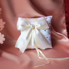 Свадебная подушка для колец Айвори с белым