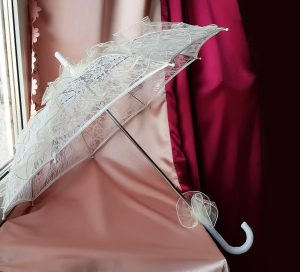 Перчатки свадебные белые кружевные №8