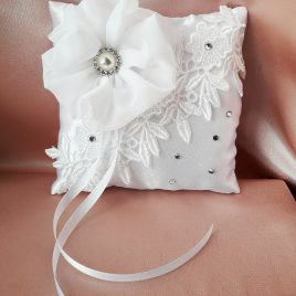 Свадебная подушка для колец белая №15
