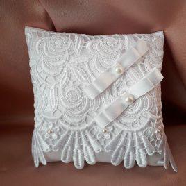 Свадебная подушка для колец белая №17