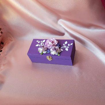Шкатулка для свадебных колец фиолетовая №38