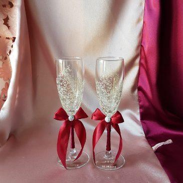 Свадебные бокалы красивая пара айвори и бордо с подписью №34