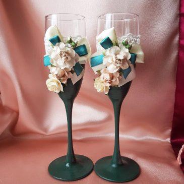 Свадебные бокалы Изумруд с цветами №48